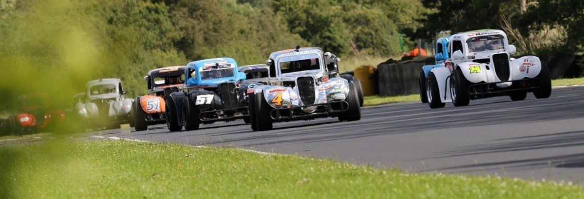 BRITISH AUTOMOBILE RACING CLUB REVVED UP TO RACE AT CROFT