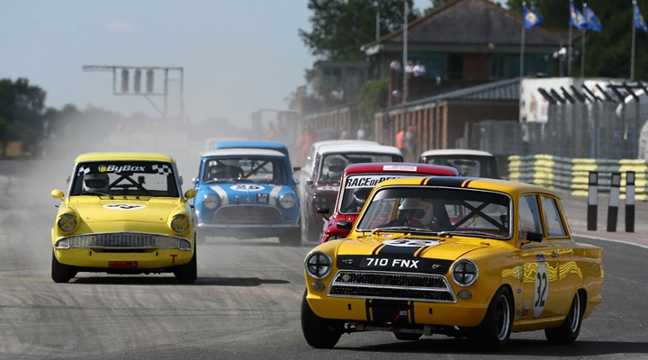 Photo of Croft Retro and Classic Weekend