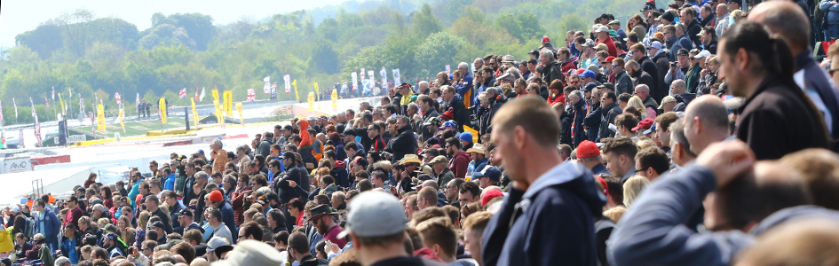 BTCC Crowd Thruxton